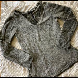 Tempo Paris size medium sweater
